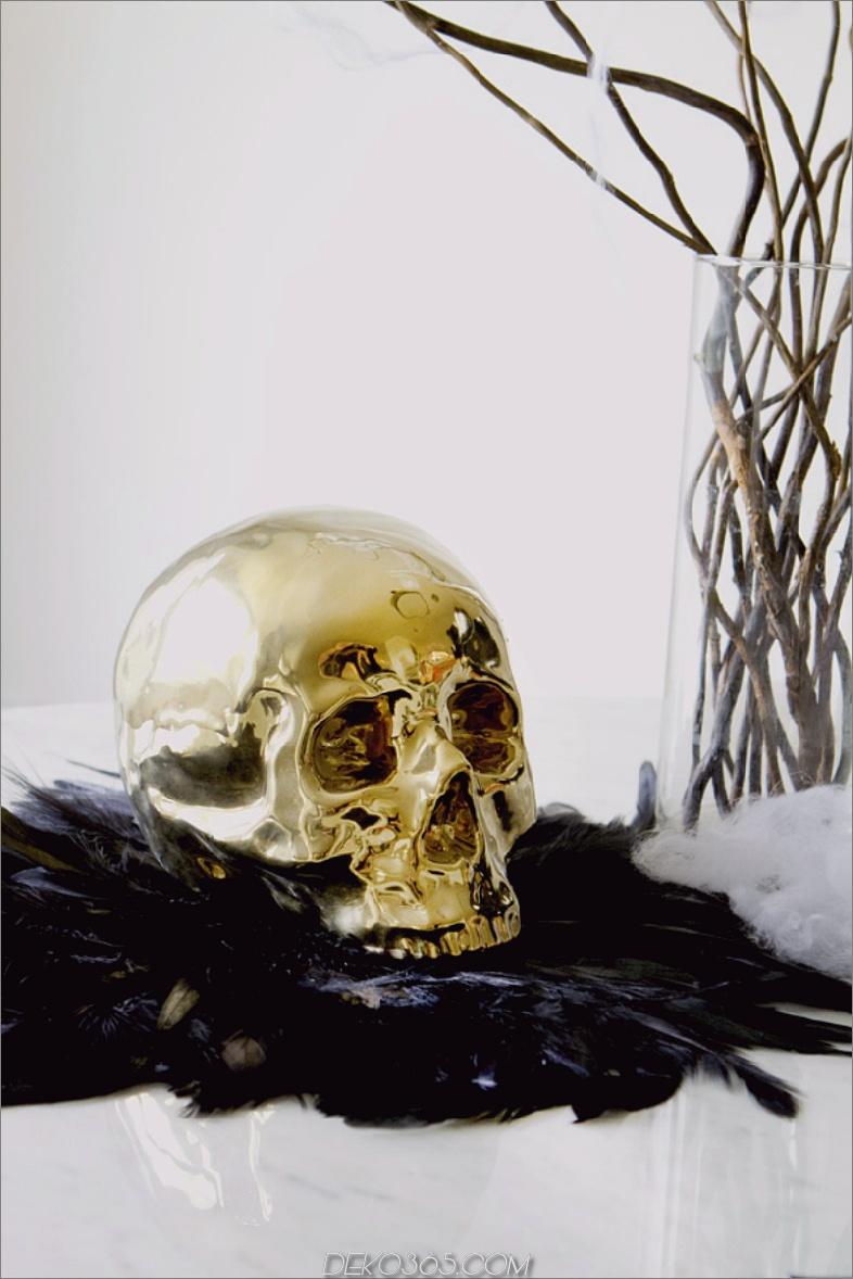 Goldener Schädel für glamouröses Halloween