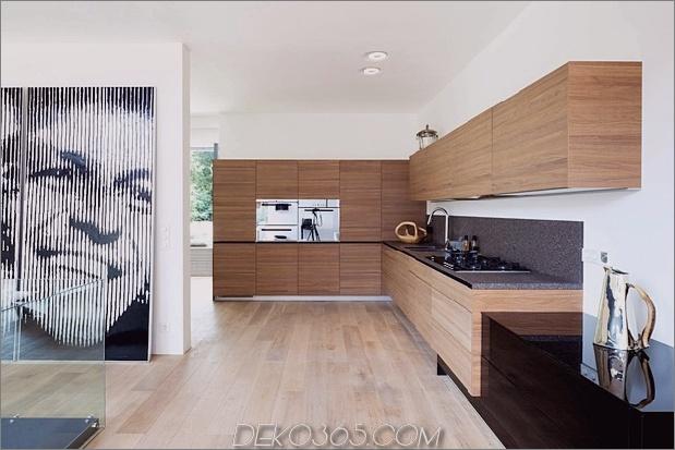Haus im modernen Landhausstil mit gewölbten Zimmern im obersten Stockwerk-11-kitchen.jpg