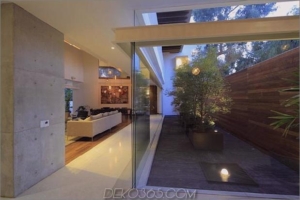 casa siete öffnet breite vordere hintere falsche Fassade 1 Innenhof thumb 630x420 26767 Moderne Betonvilla mit schönem Innenhof