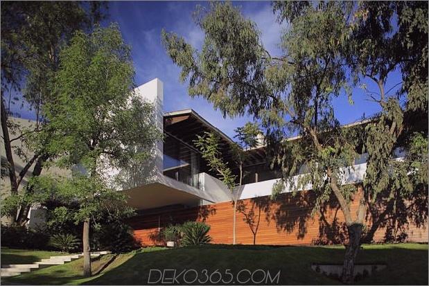 casa-siete-open-front-back-false-facade-3-façade.jpg