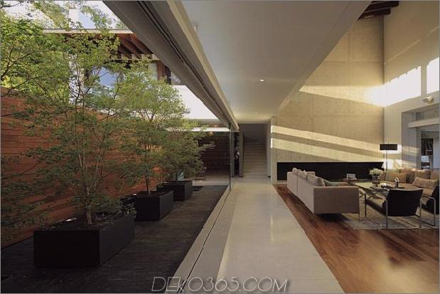 casa-siete-open-front-back-false-facade-10-living.jpg