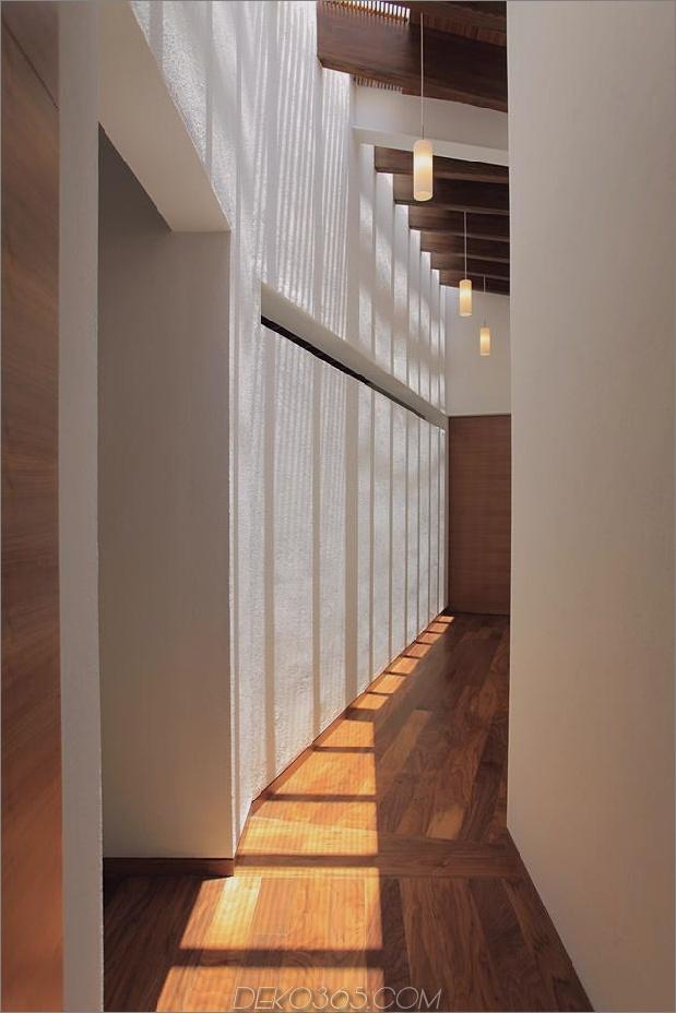 casa-siete-open-wide-front-back-false-facade-17-.upstairs.jpg