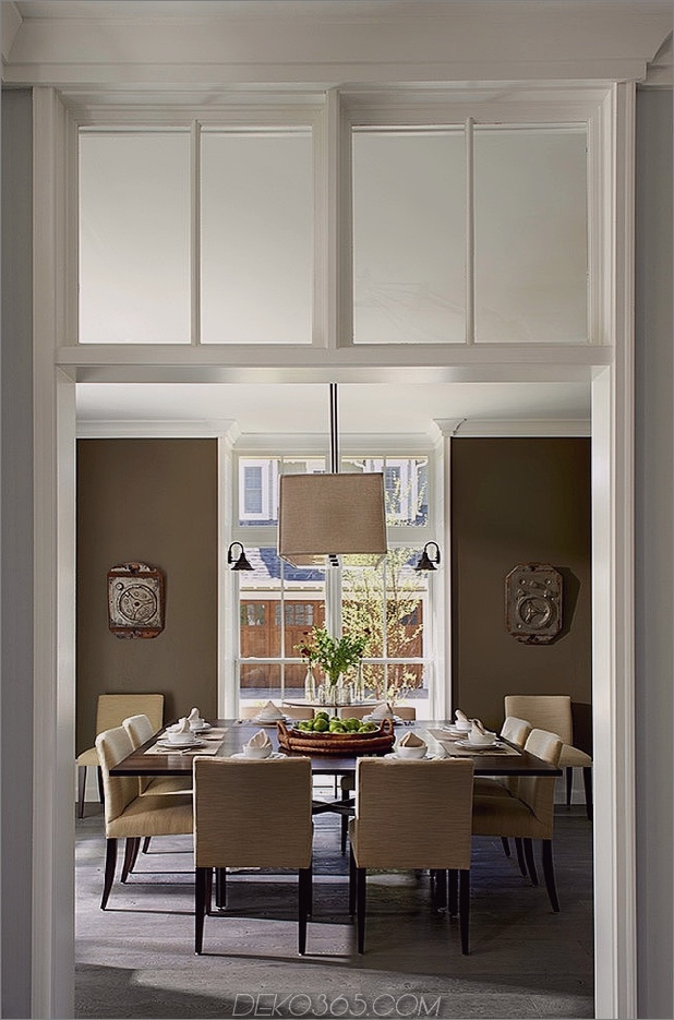modern-traditional-home-design-unusualarchitectural-elements-5-dining.jpg