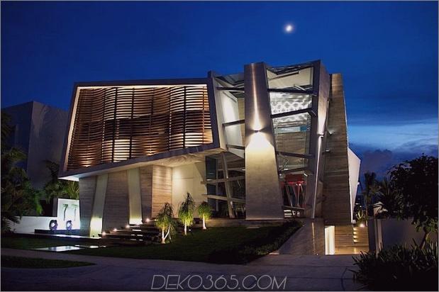 Modernistisches mexikanisches Haus mit abstrakter Form und aufregender Beleuchtung 1 thumb 630x419 13390 Modernistisches mexikanisches Haus mit abstrakter Form und aufregender Beleuchtung
