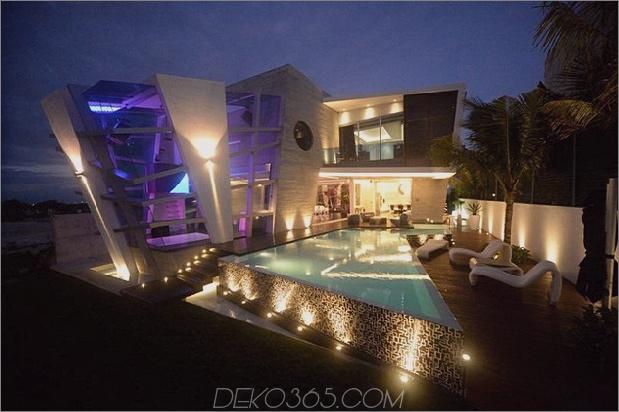 modernistisch-mexikanisches Haus-mit-abstrakter-Form-und-aufregender-Beleuchtung-15.jpg