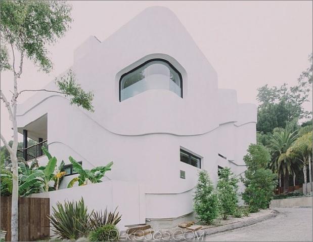 modernistisches Reihenhaus mit verschwindenden Wänden und minimalistischem Interieur 1 thumb 630x486 16423 Modernistisches Reihenhaus mit verschwindenden Wänden und minimalistischem Interieur