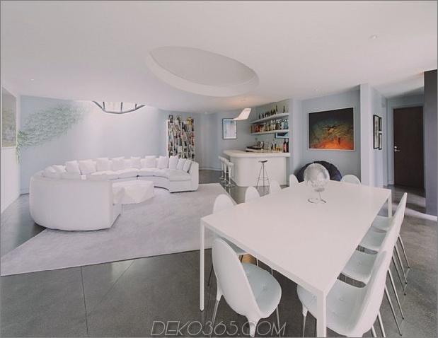 Modernistisches Reihenhaus mit verschwindenden Wänden und minimalistischem Interieur-7.jpg