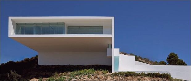 Monolithisches Haus über dem Meer schwebend 1 thumb 630x265 31617 Monolithisches Haus über dem Meer