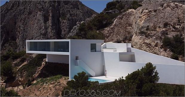monolithisches Haus-über dem Meer-29.jpg aufgehängt