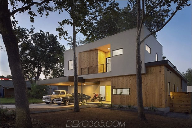 Mutiges und modernes U-förmiges Hofhaus, entworfen um Bäume_5c58f592ba435.jpg