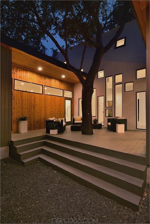 Mutiges und modernes U-förmiges Hofhaus, entworfen um Bäume_5c58f5955f985.jpg