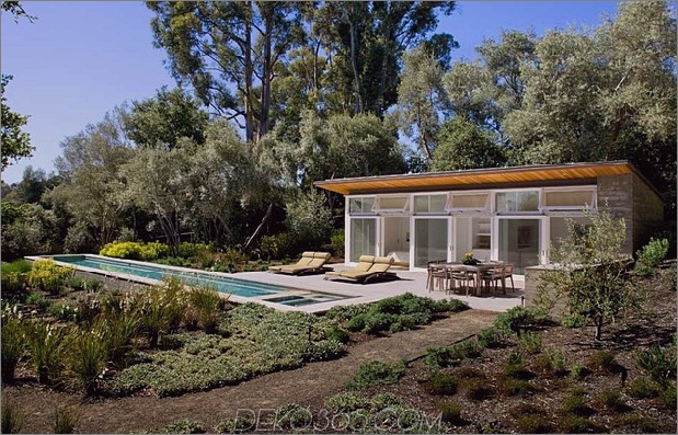 nachhaltig-haus-künstlich-teich-üppig-landschaftsbau-14-pool.jpg
