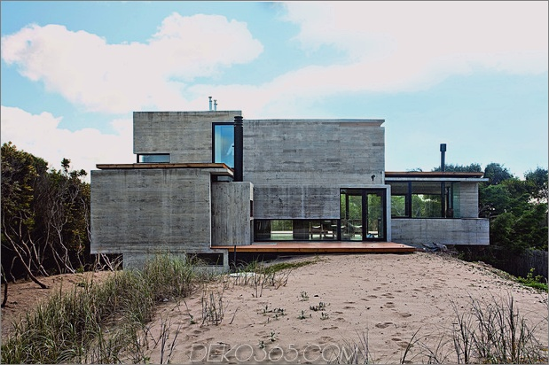 nacktes Betonstrandhaus 1 thumb 630x419 27570 Bare Concrete Beach House