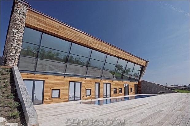Niedrigenergie-Hügel-Aussichts-Haus-mit-Dach-Rasen-3-Fenster-Winkel.jpg