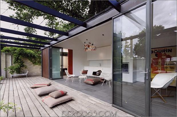 posh-pool-house-with-glass-walls-4.jpg
