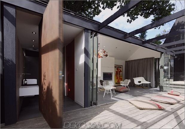 posh-pool-house-with-glass-walls-5.jpg