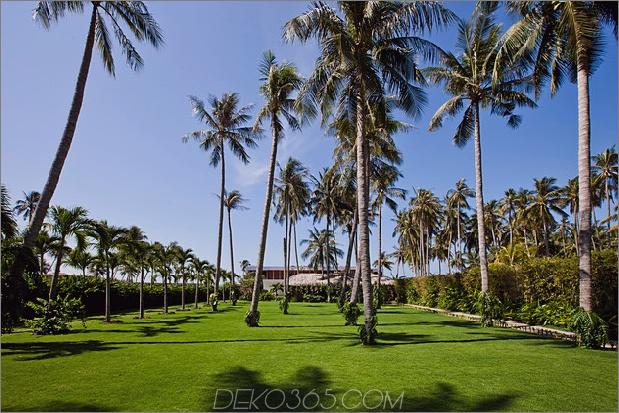 Drei-Meer-Villen-Infinity-Pools-Strand-Zugang-7-Frontyard.jpg