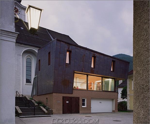 österreichisches Haus mit Kupferfassade und abgeschrägter Form 1 thumb 630x522 14305 Österreichisches Haus mit Kupferfassade und abgeschrägter Form
