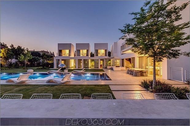 Outdoor-fokussiertes Haus-mit-unabhängige-Dach-Schlafzimmer-3-Outdoor-Tisch.jpg