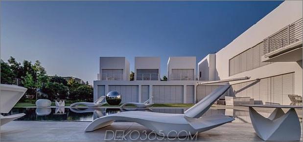 Outdoor-fokussiertes Haus-mit-unabhängige-Dach-Schlafzimmer-9-Lounge-Sessel-Tag.jpg