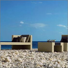Zeitgenössische Outdoor-Möbel von Tribu - die Prado Outdoor-Kollektion