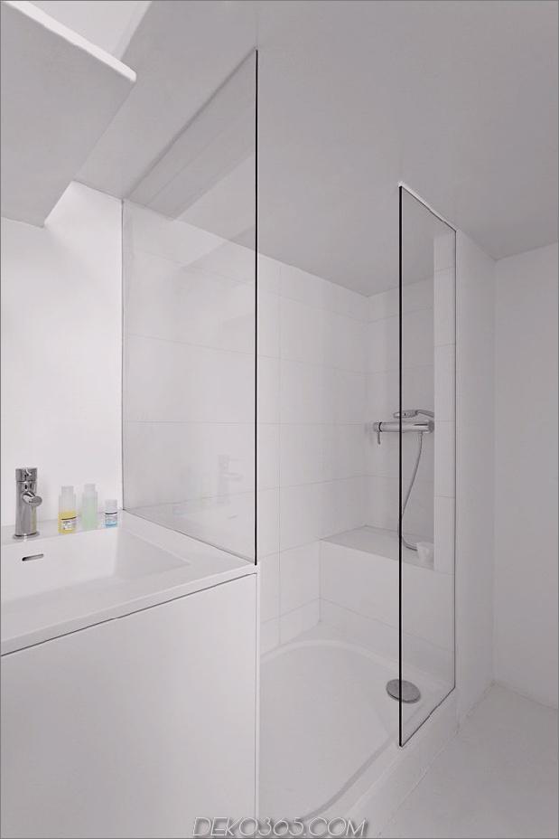 kleine-boden-plan-paris-wohnung-renoviert-mit-modern-beleuchtung-lösungen-12-shower.jpg