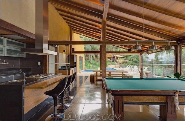 Matching-Tropial-Ferienhäuser-mit-modern-Details-9-indoor-kitchen.jpg