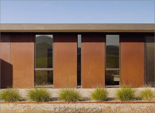 Passiv gekühltes Haus-mit-Außen-Wohnräumen-4-rust-detail.jpg