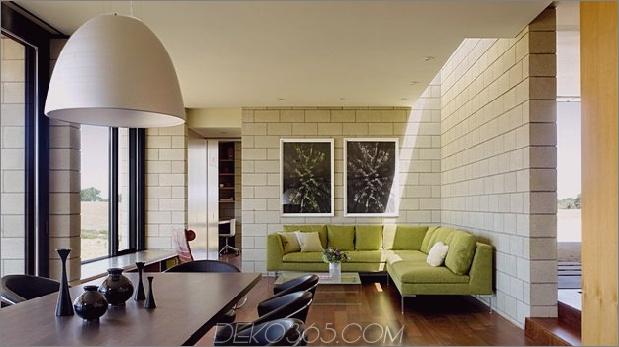 Passiv gekühltes Haus-mit-Outdoor-Wohnräumen-12-Main-Indoor-Room.jpg