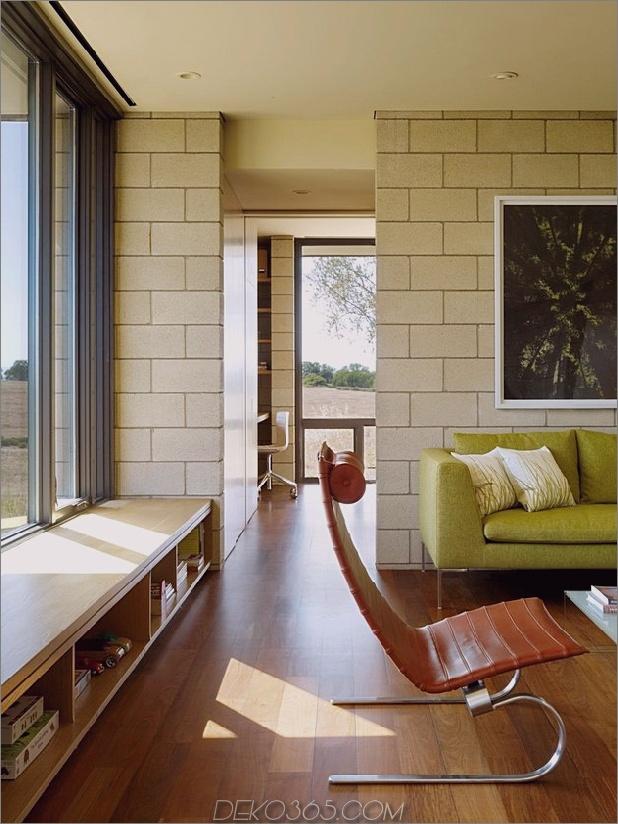 Passiv gekühltes Haus-mit-Außen-Wohnräumen-15-Durchgang.jpg