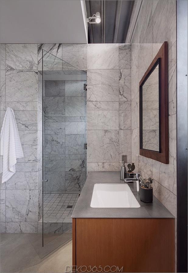 Pferdestall, der in ein offenes Gästehaus verwandelt wurde -12-bathroom.jpg