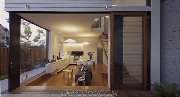 vertraut-berührt-modernes-design-sydney-home-8-wohnzimmer-durch-fenster.jpg