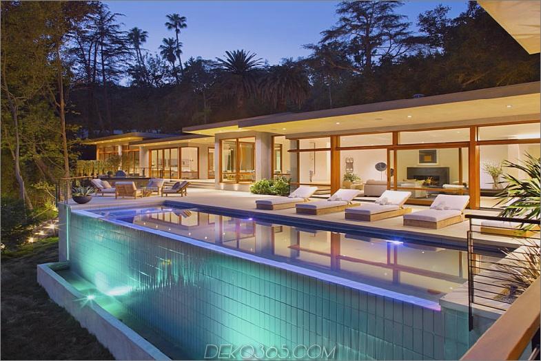 Modernes Haus in Los Angeles mit Pool