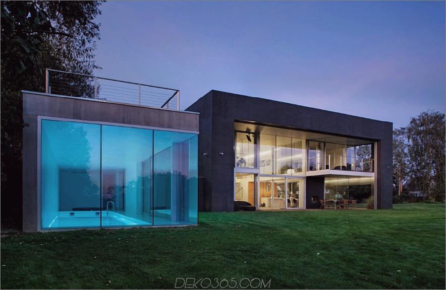 Safe House in Polen mit einem Glashallenbad