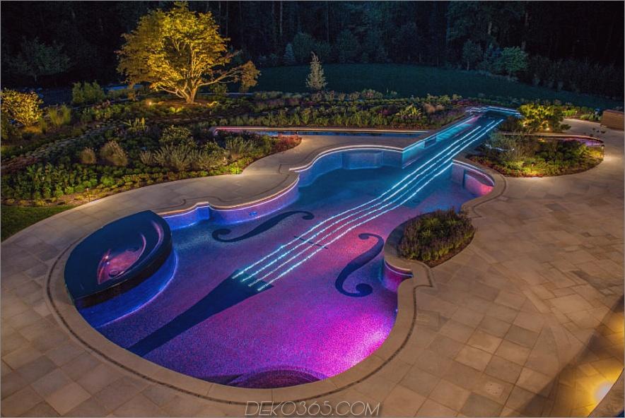 Private Residenz in Westchester mit einem violinenförmigen Pool
