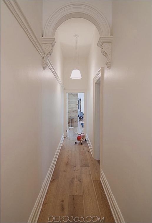 rachcoff-vella-architecture-wärmt-up-modern-homes-australia-wood-details-15-hallway.jpg