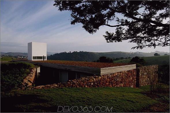 Juanopolis Haus 3 Ranch House Design in Brasilien Juanopolis, Sao Paolo von Una Arquitectos