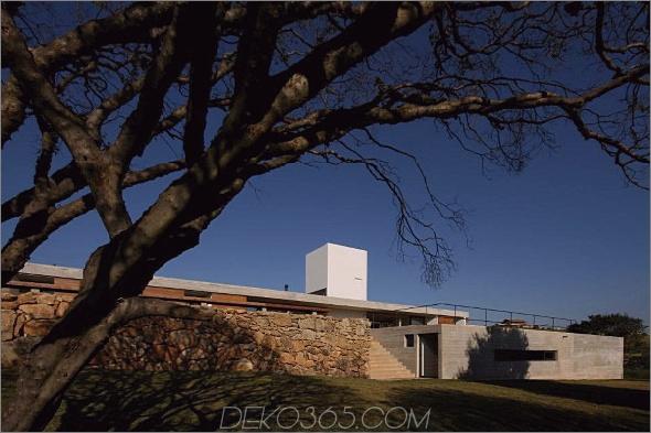 Juanopolis-Haus-1.jpg