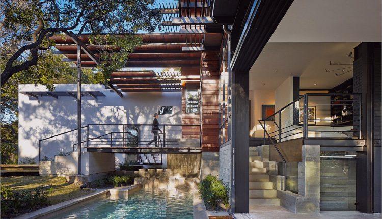 Rancher verwandelte sich in ein nachhaltiges 2-stöckiges Haus mit überbrücktem Pool_5c599399314db.jpg