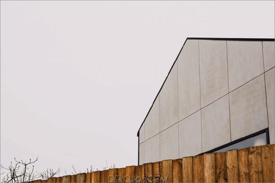 Monolithische Abstellgleise verleiht dem Haus seinen Namen