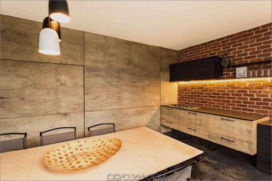Wenn es geschlossen ist, verwandelt sich die Küche in ein Esszimmer