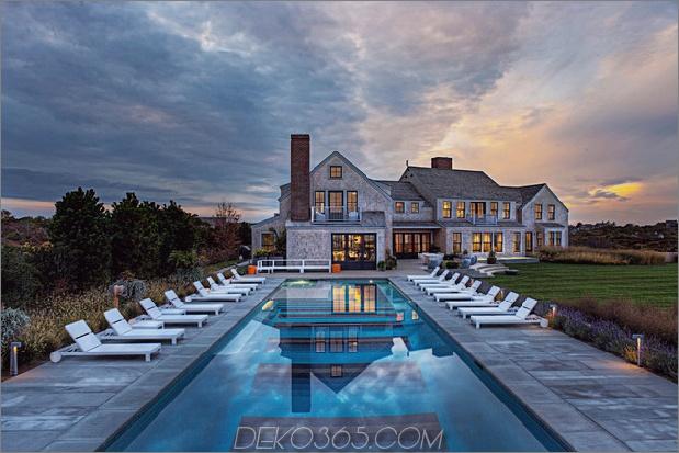 Traditionelles Äußeres verbirgt farbenfrohes zeitgenössisches Interieur 1 Pool thumb 630x420 30359 Real Modern House: Atemberaubendes Interieur und beliebte Möbel