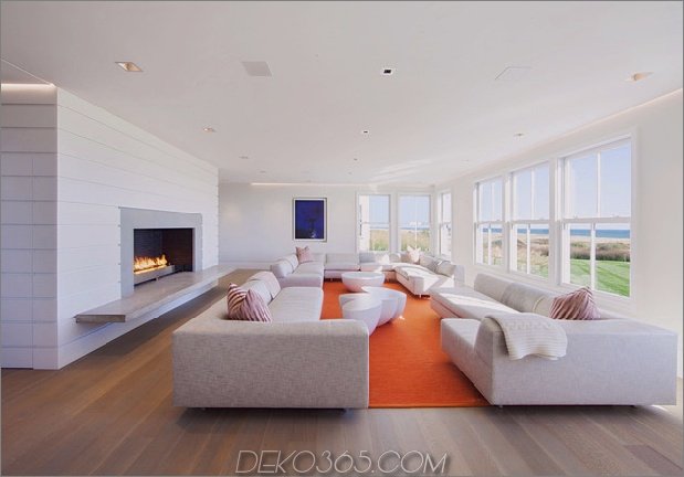 traditionell-exterior-hides-bunt-zeitgenössisch-interior-13-living.jpg