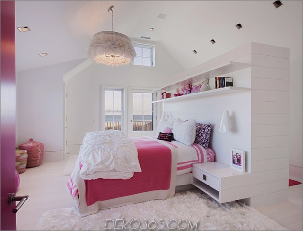 traditionell-exterior-hides-bunt-zeitgenössisch-interior-34-girls-room.jpg