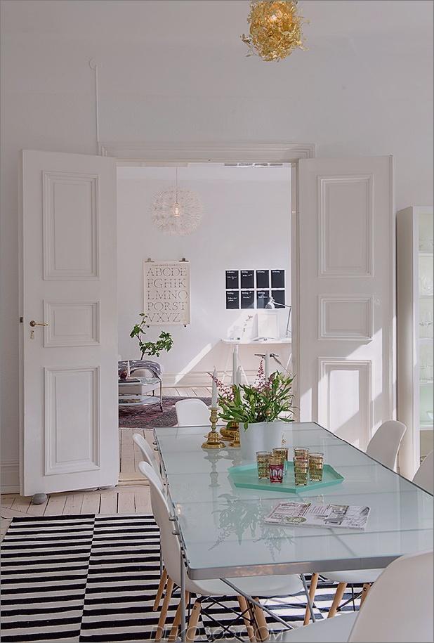renovierte-heirloom-apartment-original-details-modern-decor-15-living .jpg