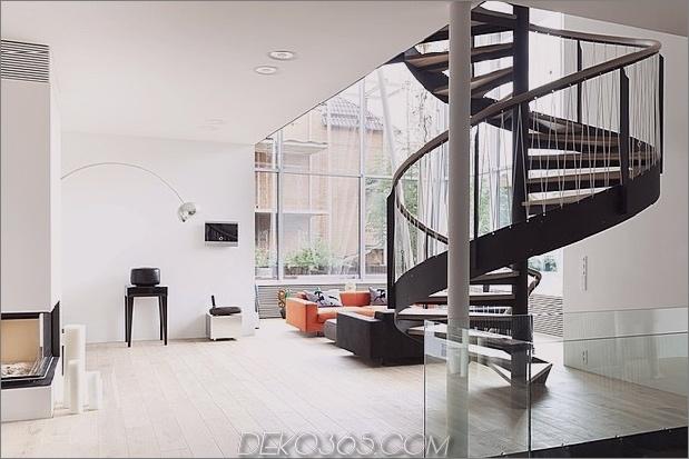Renovierung definiert das atemberaubende Treppenhaus zu Hause neu 1 Treppenhaus thumb 630x420 19118 Renovierung definiert das Haus mit atemberaubendem Treppenhaus und offenem Schnitt neu