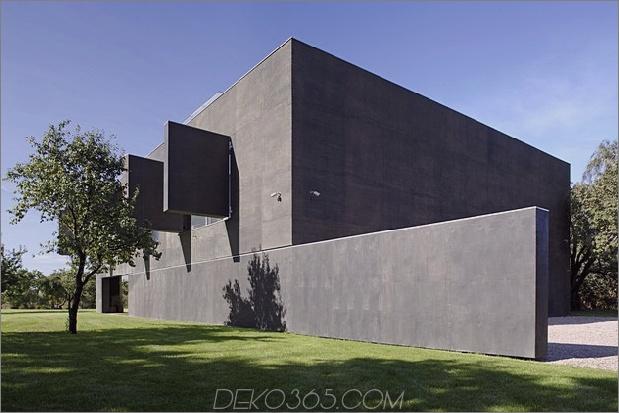 haus schließt-beton-würfelbedeckung-verglaste bereiche-6-opening.jpg