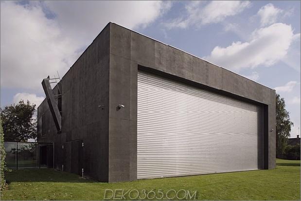 haus schließt-beton-würfelbedeckung-verglaste bereiche-16-gate.jpg