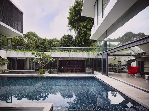 schönes Haus-Hof-Schwimmbad-9-Pool.jpg