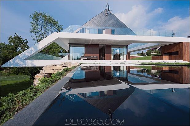 geometrisches Zuhause entsteht Kalk Klippe 1 Betonrahmen thumb 630x419 27870 Slanted Roof Line Home